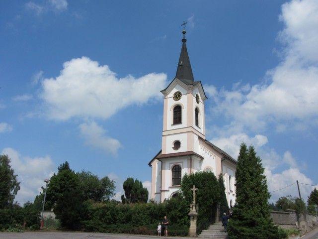 Výsledek obrázku pro Kostel sv. Rodiny v Líšnici.