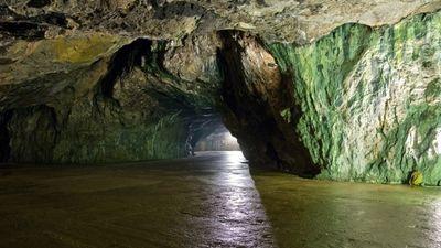 Výsledek obrázku pro Drátenická jeskyně